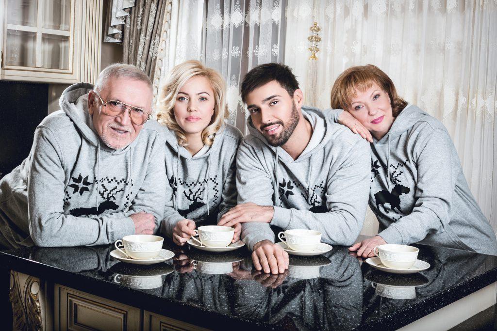 Виталий Козловский с семьей